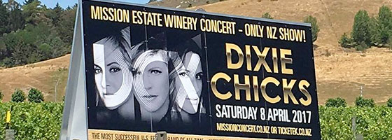 Mission Estate's Dixie Chicks billboard trailer stolen